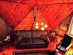 Amazing Geodesic Dome House-HotTub-Fireplace-Wifi-Pool-Near Sunday River