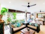 aroha-boutique-villas-seminyak-high-resolution-16_L-eca8acc7-b344-4b36-ab27-a3784aa83a7b.jpg