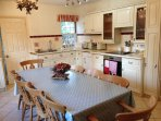 Cosy Country Kitchen great for eating those home cooked meals altogether