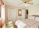 Queen bed with walk in closet