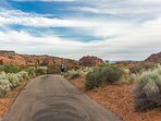 Snow Canyon State Park - 10 Minute Drive - 15 Minute Bike Ride - Miles Of Hiking & Biking