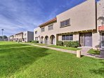 Located just minutes from some of the city's most visited attractions, this townhome is a perfect home base for...