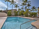 Situated in the Country Club Villas community, you'll have access to 3 pools, 2 hot tubs, and 2 tennis courts during...
