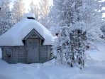 K39 Thistle Cottage – The SWESCOT Barbecue Hut is especially wonderful in Winter
