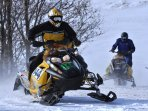 K39 Thistle Cottage - Experience the exhilaration of driving over frozen lakes & rivers