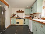 Modern kitchen/dining room