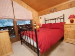 bedroom upstairs with balcony on mountain view