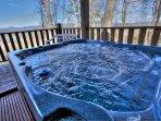 Hot Tub w Views