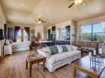 Casita with Private Entrance, Kitchenette, Hiking trails, Golf Courses, and Beau