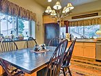 Enjoy an après-ski feast at this 6-person dining table.