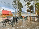Fall in love with the mountain lifestyle while staying at 'Mountain Therapy,' a 3-bedroom, 2.5-bath Grand Lake vacation...