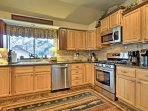 Fully equipped, this kitchen has everything you need to prepare all your homemade specialties.