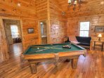 Large Loft w Pool Table and Futon