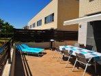 terraza vallada y soleada