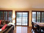 Des fenêtres, des fenêtres et encore des fenêtres pour ne rien manquer du superbe paysage.
