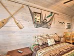 Admire the southwestern-style decor of this cabin.