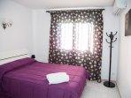 Ground floor bedroom with 1,90x1,35 bed