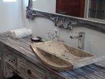 Corner bathroom basin and mirror. Bathroom 5.....
