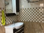 Tastefully fitted master bathroom