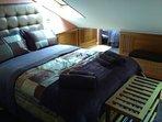 Dormitorio 1 con cama matrimonio