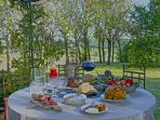 Outdoor spaces for al fresco dining
