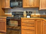 Fully equipped, the kitchen has everything you need to prepare all your family's favorites!