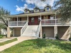This 3-bedroom, 2.5-bathroom waterfront abode comfortably accommodates 11 guests.