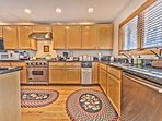Fully Equipped Kitchen with Stainless Steel Appliances including a Viking Gas Range