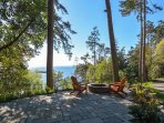 Are you ready for a campfire in this beautiful waterfront setting?!