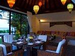 Maya - Garden dining