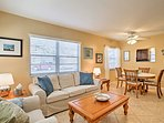 Charming 2BR Lake Worth Condo Steps from the Water