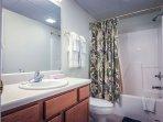 Bathroom with Shower/Jacuzzi Combo