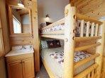 Full & Twin bunk room