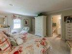 Master Bedroom En suite with TV