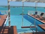 Pool, seat for photos, Chalk Sound