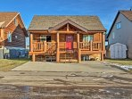 Located walking distance from year round outdoor adventure and within 100 miles of Calgary and Red Deer, there is...