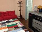Quarto - cama box de casal e sofá cama