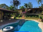 14 acre Secluded nature retreat located 15 minutes from Manuel Antonio National Park and beaches
