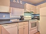 Make home-made meals in the fully equipped kitchen with updated appliances.
