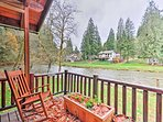 Located just steps from the Kalama River, this cabin features breathtaking views and unbeatable river access.