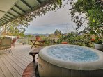 NEW! Lakefront Kelseyville House w/ Private Dock!