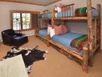 Bedroom with 4 bunk beds