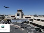 Hollywood Burbank Airport - 14 miles, 25-40 minutes (depending on traffic) from the house