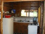 Complete kitchen, gaz included
