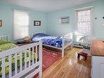 bedroom 3-2 twins