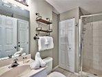 Majestic Sun 509B - Guest Bathroom