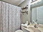 Majestic Sun 509B - Master Bathroom