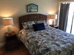 Guest Bedroom W/New Queen Size Bed.