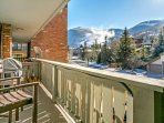 The balcony is equipped with gas grill, seating for 2 and breathtaking mountain views!
