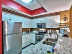Majestic Sun 613B - Kitchen with Granite Counter Tops